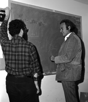 Richard Feynman visits National Accelerator Laboratory (Fermilab) December 1972. Fermilab photo 72-0910-04.