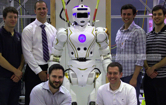 NASA Valkyrie humanoid robot walks thanks to Texas A&M mechanical engineering re