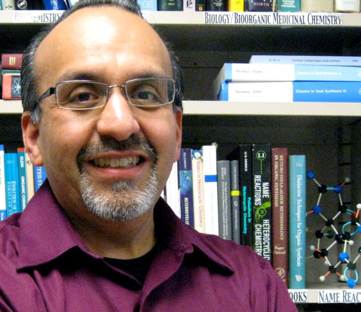 Chemist Daniel Romo's lab developes method to create complex rings